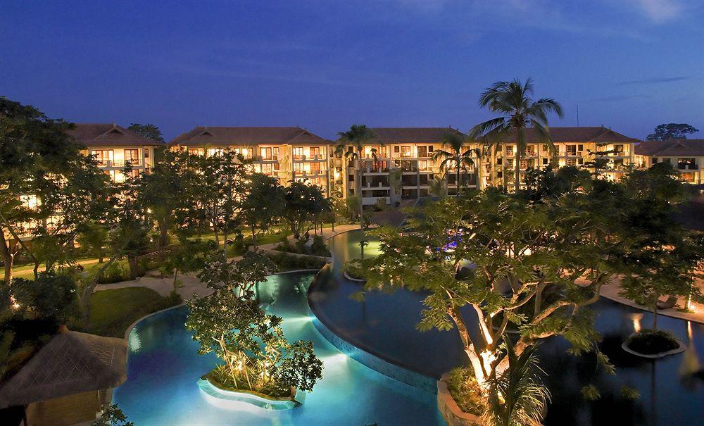 Список лучших отелей курорта Нуса Дуа на острове Бали