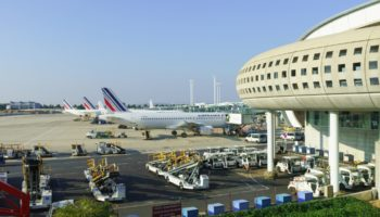 Чем себя занять во время длительных пересадок в аэропорту?