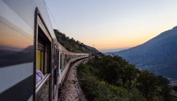 Правила этикета: как нельзя вести себя в поездах
