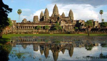 Чего не видно на фото Камбоджи, но по приезду не возможно не заметить