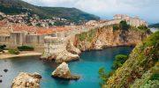 5 туристических городов, в которых туристов терпеть не могут