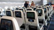 Кто должен помочь пассажиру на борту самолета, если вдру случится проблема со здоровьем