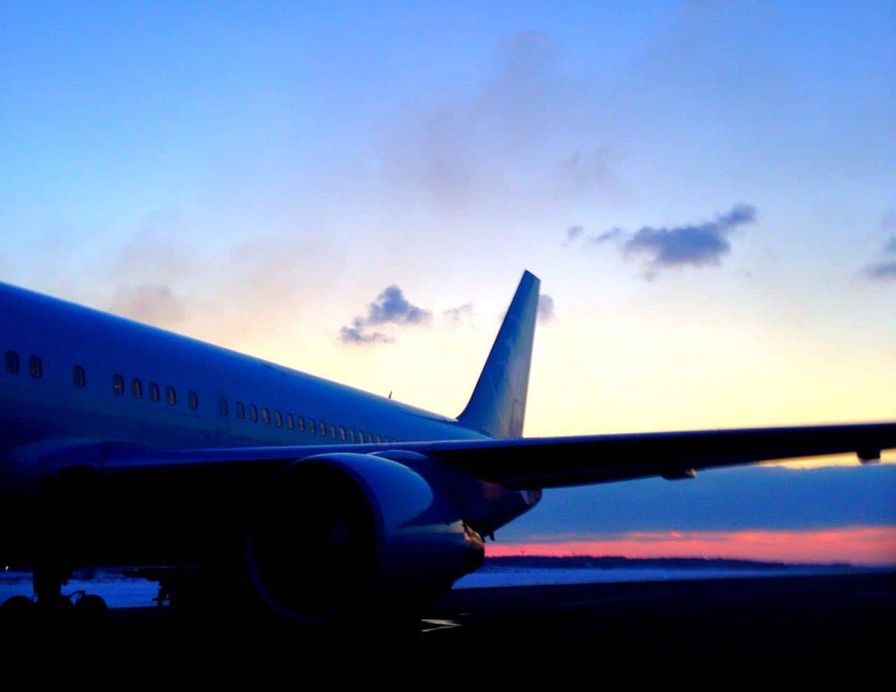 12 советов, которые помогут выбрать недорогие авиабилеты